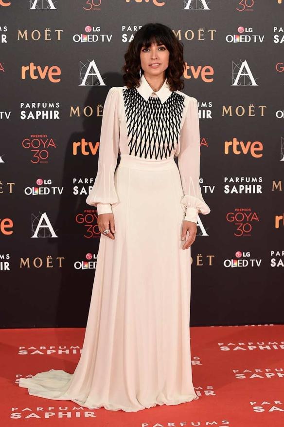 el blog de ana suero-Goyas 2016-Inma Cuesta vestido camisero blanco Teresa Helbig