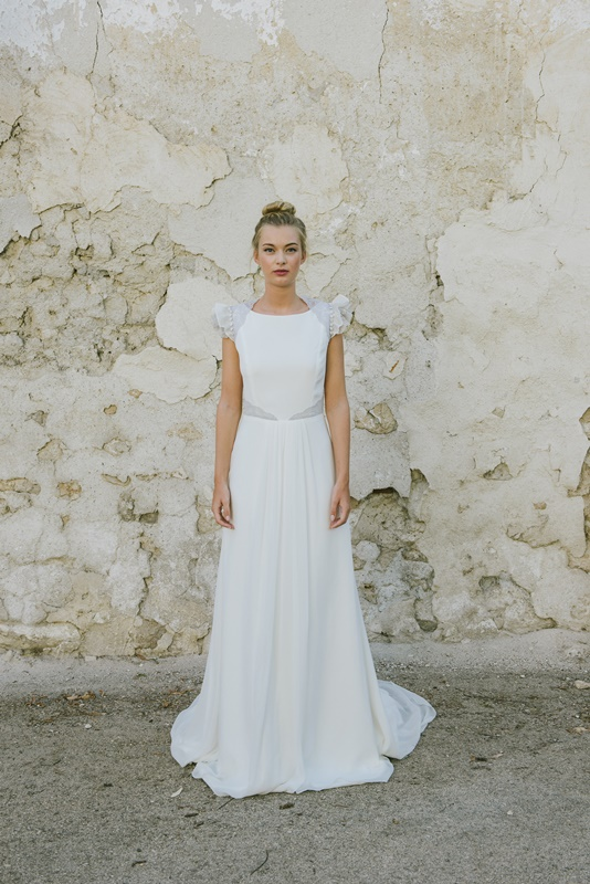 vestidos de novia rectos con cola | el blog de ana suero