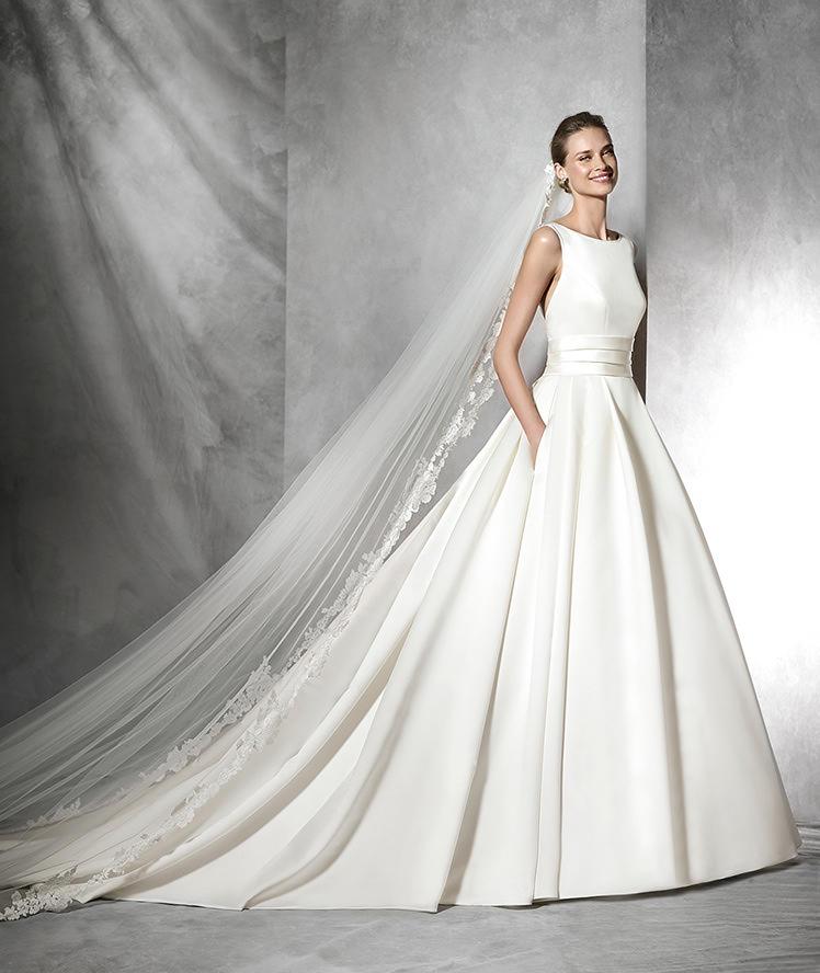 Vestidos de novia corte princesa pronovias
