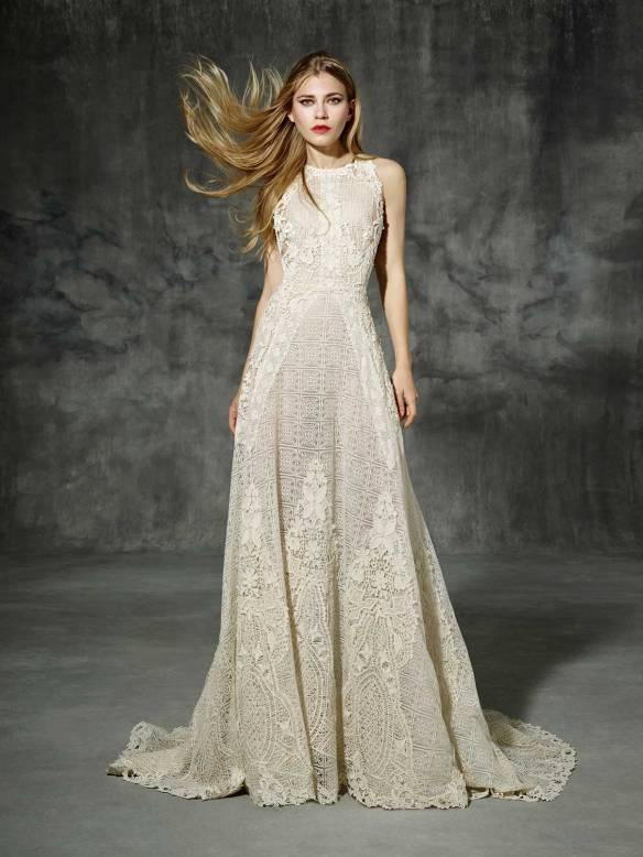 el blog de ana suero-Vestidos novia 2016-Yolancris vestido crochet color marfil sin mangas escote espalda