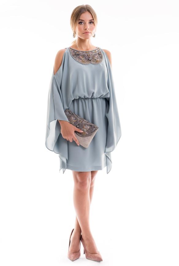 Vestido azul claro corto